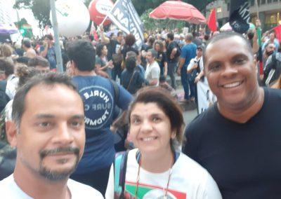 13_08_19 greve geral2